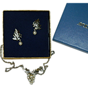 SALE Avon Gloriana Earrings & Necklace Set ~ In Original Box