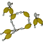 SALE Summer Time Kramer! Daisy Yellow Plastic & GLass Beaded Bracelet and Earring Set