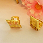 SALE Beautiful Gold Tone Mesh Fold Over Cuff Links