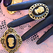 SALE Super Pretty Gold Black Glass Cameo Set ~ Brooch & Ring
