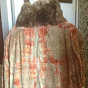 Mariano Fortuny silk velvet stencilled cape with fur collar. With Parisian couture label.
