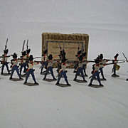 """c1900/20 """"French Grenadiers Fighting 1815"""" Vintage Tin Flat Soldiers 20 Pieces. Boxe"""
