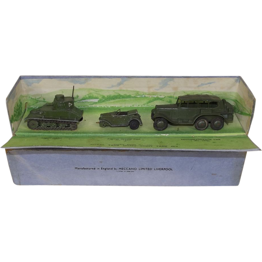 Western Bedroom Tank Toy Box Or: Pre-War Boxed Dinky Toys No. 152 Royal Tank Corps Light
