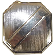 An Art Deco Silver Ladies Compact With Engine Turned Decoration, Birmingham 1937, 110 g