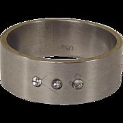 Mens 18ct White Gold Three Zircons Wedding Band Ring, UK Size U, US 10 1/4