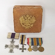WW1 British Military Cross Miniature MC & Trio Gold Imperial Russian Crest Case