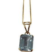 9ct Yellow Gold Topaz Pendant Necklace