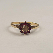 1972 9ct Yellow Gold Ruby & Quartz Flower Head Ring UK Size O+ US 7 ½