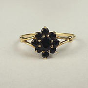 9ct Yellow Gold Sapphire Flower Head Ring UK Size O+ US 7 ½