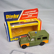 Dinky No.604 Land Rover Bomb Disposal Unit - Robot On Sprue