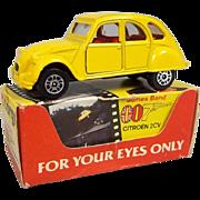 Corgi 56198 - James Bond 007 Citroen 2CV - 'For Your Eyes Only' #2