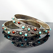 Set of 2 White Bronze Teal, Green, & Red Glass Bangle Bracelets