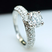 Solitaire Diamond Engagement Ring - Platinum - Size 4.75