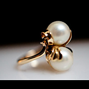 Seeing Double - Cultured Pearl Ring