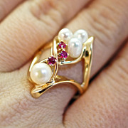Cultured Pearl & Ruby Ring - Size 6.75