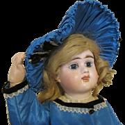 Antique French E7D Doll - Etienne Denamur E7D Deposé