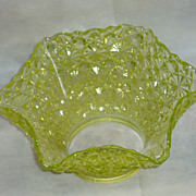 REDUCED Vintage Pale Yellow Daisy & Button Art Glass Shade