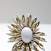 Crown Trifari Vintage White and Gold Tone Flower Brooch