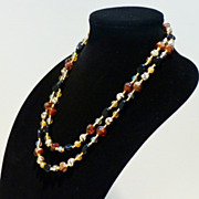 Vintage Plastic 60s Beads in Faux Onyx and Faux Amber