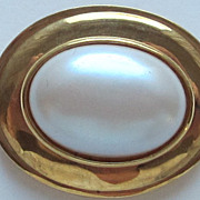 Bold Vintage Brooch Marvella Gold Tone and Cabochon Faux Pearl