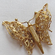 Delicate Vintage Gold Tone Butterfly Brooch