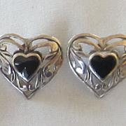 Great Vintage Pierced Sterling Silver Onyx Cabochon Heart Earrings