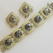 Wonderful Vintage Plastic/Lucite  Square Bracelet,Earrings Demi Parure