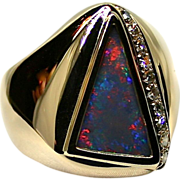 Mens Handcrafted 18K Yellow Gold Ring with 2.62 Carat Australian Opal with Diamond Accents