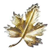 "SALE Sarah Coventry ""Natures Choice"" Maple Leaf brooch"