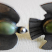 Old Pawn  Green Stone Dove Bird Earrings