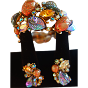 "SALE HAR ""Fantasy Collection"" Bracelet/Earrings Set Iridescent Art Glass Stones"