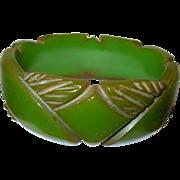 SALE Vintage Bakelite Bangle Carved Design