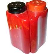 SALE Vintage Bakelite Salt / Pepper Shaker Red