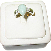 SALE Vintage Sterling Silver Jade and Peridot Ring