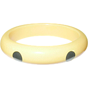SALE Vintage Bakelite Bangle 6 Dots