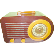 SALE Vintage Bakelite Bullet Radio FADA 1000 Maroon / Butterscotch