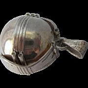 Vintage Sterling Silver 6 Photo Ball Locket