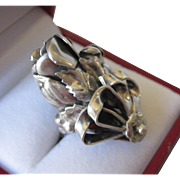 Romantic Large Sterling Silver Ribbons and Floral Ring, Size 6