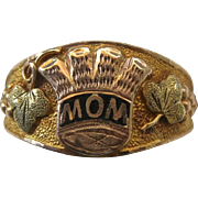 "Sentimental Vintage Black Hills Gold Enamel ""MOM"" Thistle 10K Ring, 5.1 Grams"