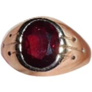 Vintage Deco 10K yellow Gold Ruby Man's Ring