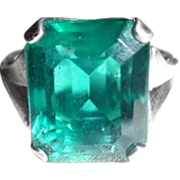 REDUCED Vintage Sterling Deco Emerald Paste Stone Ring