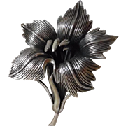 Large Early Solid Sterling Silver Flower Pin Signed Napier
