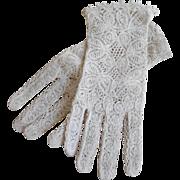 Vintage Cotton Lace Summer/ Wedding Gloves