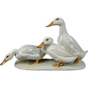 Vintage German Hutschenreuther Porcelain Group of White Ducks