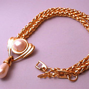 Vintage signed Napier goldtone and faux pearl necklace