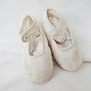 Old Infant Baby Shoes