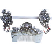 SALE Vintage Japanese Hair Comb Hairpin Geisha Set Silver tone Faux Pearls Trembler