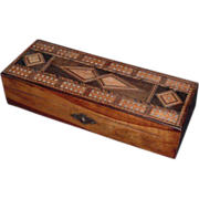 Attractive Late 19th Century  Antique English Victorian Tunbridge Ware Cribbage Box
