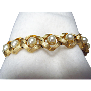 Vintage Crown Trifari Gold Plated Textured Link Chain Bracelet with Faux Pearl Accents