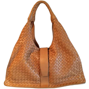 SALE Large Elegant Like New BOTTEGA VENETA Signature Woven Calf  Skin Leather Purse  with  Dou